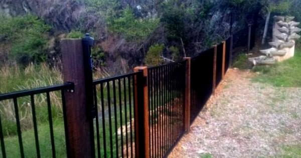 iQ Reserve Waterhole fencing