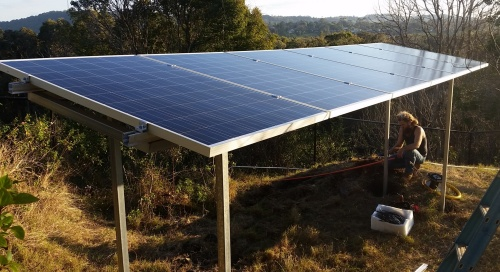 iQ Reserve - solar pumping system (panels-frame)